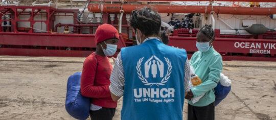 aides humanitaires aux migrants deplacés